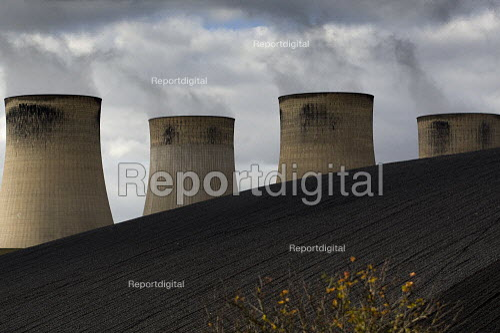 E.ON coal fired power station, Ratcliffe on Soar, Nottingham - Jess Hurd - 2009-10-17