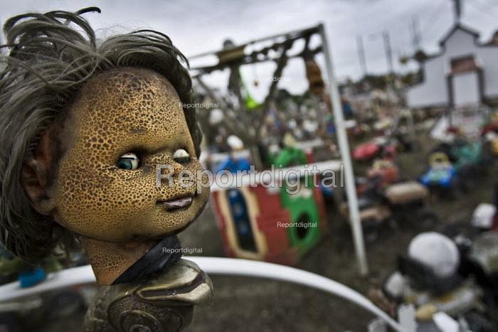 Toy Graveyard, Normandy. France. - Jess Hurd - 2009-10-16