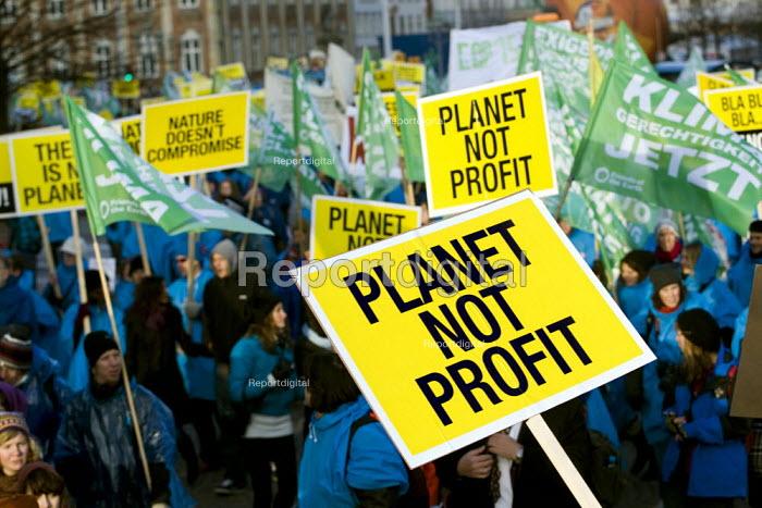 Protests against COP15 United Nations Climate Change Conference, Copenhagen 2009, Denmark. - Jess Hurd - 2009-12-12