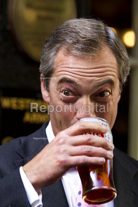 UK Independence Party leader Nigel Farage. UKIP Annual Conference, Westminster Central Hall, London. - Jess Hurd - 2013-09-20