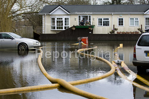 Pumping out River Thames flood water, Chertsey, Surrey. - Jess Hurd - 2014-02-23