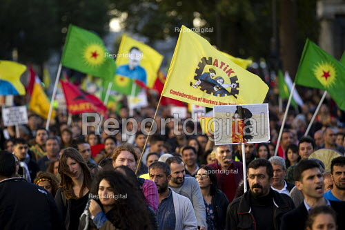 Protest of Kurdish supporters of Kobane against ISIS attack, Parliament Square, LOndon. - Jess Hurd - 2014-10-11