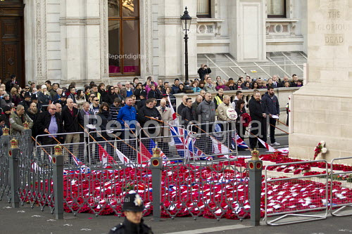 National Front Remembrance Day march to the Cenataph, Whitehall. London. - Jess Hurd - 2014-11-09