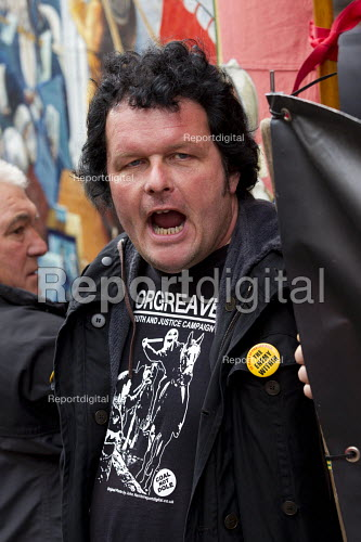 Tim Jones speaking Orgreave Truth and Justice Campaign protest at the office of the Independent Police Complaints Commission. Campaigners are angry with delays to the investigation into allegations of violent policing at the Orgreave coke plant during the miners strike on 18 June 1984 - Jess Hurd - 2014-11-14