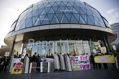 Block the Budget. We demand social housing not social cleansing! Protest outside City Hall demanding decent, low cost affordable housing in London. - Jess Hurd - 2015-02-23