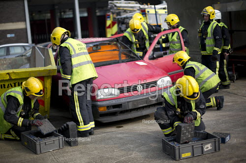 Road Traffic Accident training with White Watch at Paddington Fire Station. London. - Jess Hurd - 2015-03-17