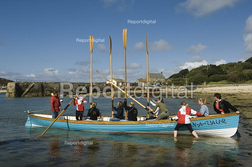 Gig rowing practice from New Grimsby harbour and into the straight between Tresco and Bryher. The island of Tresco is in the Scilly Isles, off the coast of Cornwall. - Paul Carter - 2006-04-07