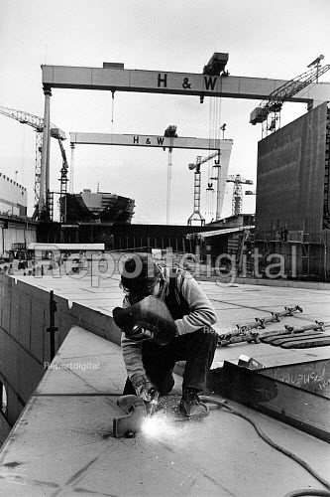 Harland and Wolff Shipyard, Belfast, Northern Ireland, 1986 - John Sturrock - 1986-02-20