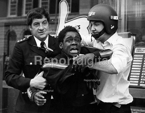 Police arrest in Brixton, riots were response to police stop and search operation, August 1981 - John Sturrock - 1981-04-11