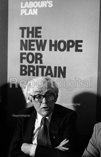 Michael Foot at the Labour Campaign Launch. The New Hope for Britain. - John Sturrock - 1983-03-29