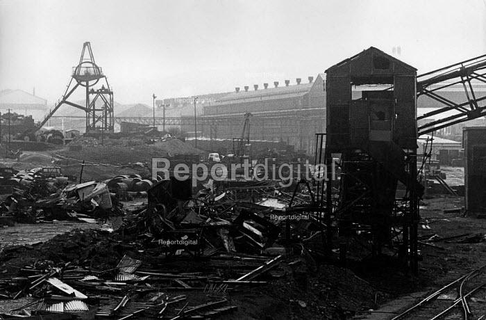 Demolition of Ebbw Vale Steelworks, South Wales - John Sturrock - 1979-05-10