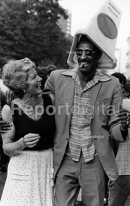Notting Hill Carnival in 1981. - John Sturrock - 1981-07-10