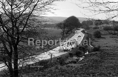 The Peoples March for Jobs walking south between Glasgow and Kilmarnock, Scotland 1983 - John Sturrock - 1983-03-10