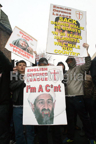 English Defence League demonstration in Stoke. - Justin Tallis - 2010-01-24