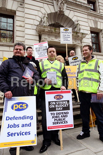 Workers from HM Treasury strike on Budget Day to protect jobs and public services. Westminster, London. - Justin Tallis - 2010-03-24
