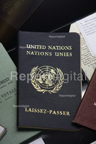 1971 United Nations Passport on display at the Passport Office in London. - Justin Tallis - 2010-08-25