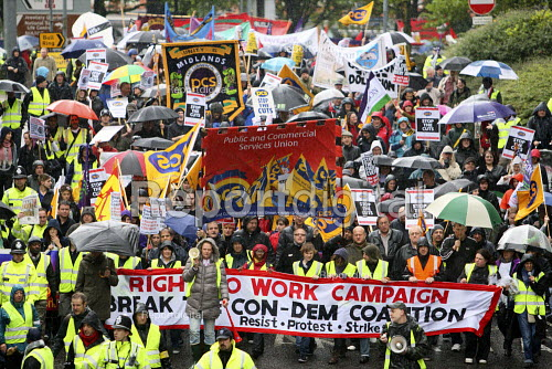 Right to Work protest outside the 2010 Conservative Party Conference, Birmingham. - Justin Tallis - 2010-10-03