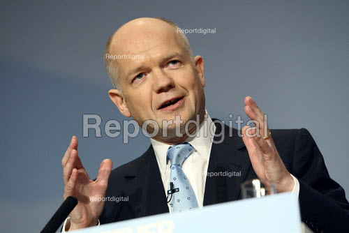 William Hague speaking at the 2010 Conservative Party Conference, Birmingham. - Justin Tallis - 2010-10-06