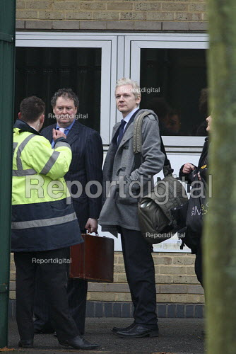 Wikileaks founder Julian Assange arriving at Belmarsh Magistrates court, with lawyer Mark Stephens, to fight extradition to Sweden. London. - Justin Tallis - 2011-01-11