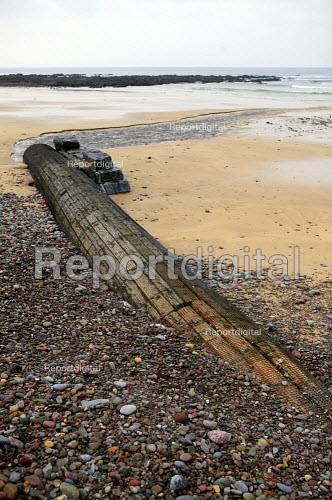 Sewage being pumped out into the sea. Cornwall. - Justin Tallis - 2007-02-07