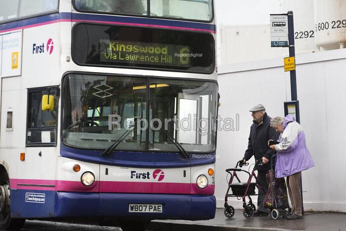 Elderly couple catching a bus, Kingswood, Bristol. - Paul Box - 2014-06-27