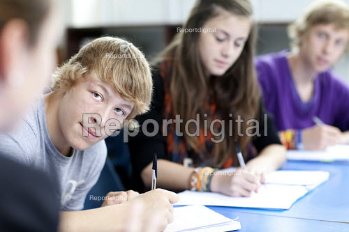 Teaching a class of sixth form students, Clevedon school, Clevedon - Paul Box - 2011-09-13