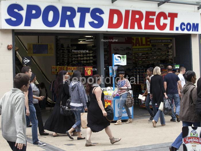 Sports Direct sports store, Bristol - Paul Box - 2013-08-24