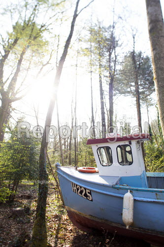 Withdrawn by Luke Jerram, Leigh Woods, Bristol. An art installation of fishing boats that hopes to provoke discussion about climate change, extreme weather, falling fish stocks and our impact on the marine environment. - Paul Box - 2014-08-29