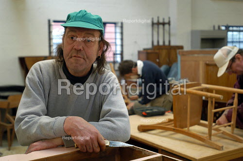 Emmaus Christian homeless charity Bristol. One of the homeless people given accommodation at their hostel. The homeless envolved in the programme work collecting repairing and re selling furniture/ brick a brack - Paul Box - 2004-03-03