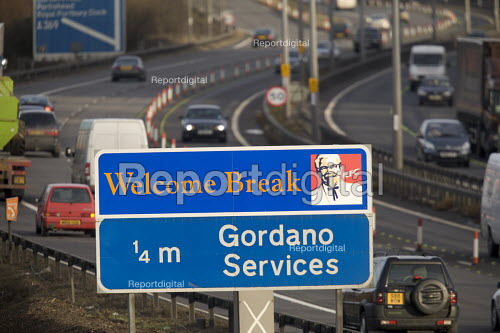M5 motorway , sign for Welcome Break services at Gordano near Bristol. - Paul Box