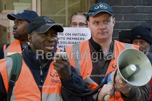 RMT protest at London HQ of Initial Rentokil over exploitation of tube cleaners and misuse of immigration authorities to intimidate contract workers. - Philip Wolmuth - 2010-10-11