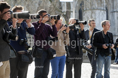 Photographers wait for the arrival of Nick Clegg and David Laws. Liberal Democrat pre-election press conference, Westminster, London. - Philip Wolmuth - 2015-04-12