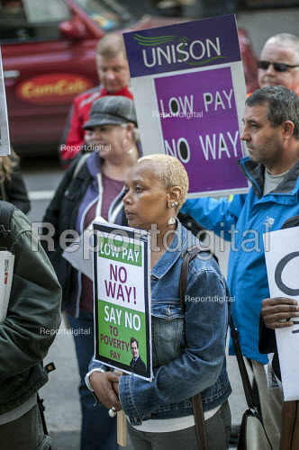 Care home workers and other council staff join a Unison protest outside Camden Town Hall over service cuts and low pay. - Philip Wolmuth - 2015-04-13