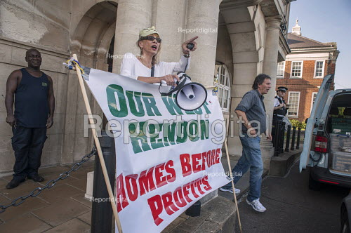 Tenants, evicted tenants and housing campaigners in Barnet, north London, protest outside Hendon Town Hall over the sale of West Hendon estate and the demolition of Sweets Way estate. - Philip Wolmuth - 2015-05-13