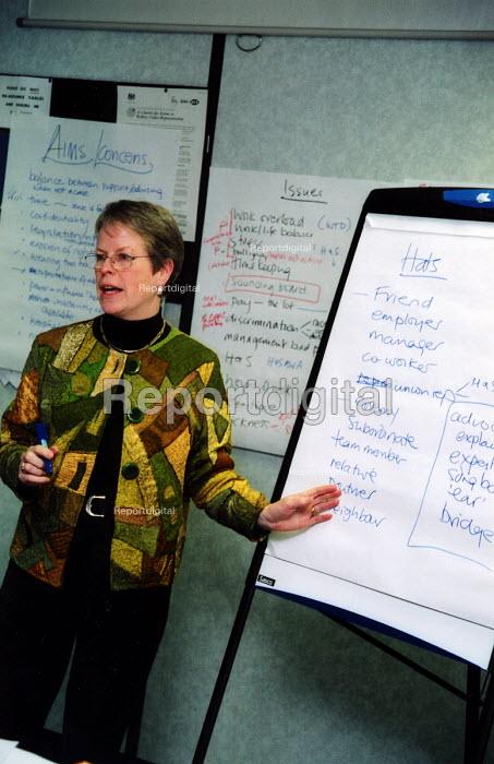 Training for trade union representatives - Joanne O'Brien - 20021024