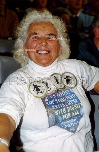 Elderly woman at pensioners rally for public services - Joanne O'Brien - 20021024