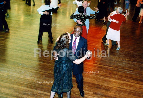Tea dance at the Royal Festival Hall, Afro-carrbean Pensioners Club. London - Joanne O'Brien - 20021024