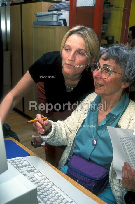 I.T. training for the elderly - Joanne O'Brien - 20021024