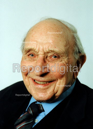 Jack Jones aged 89 years - Joanne O'Brien - 20021024