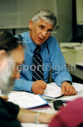 Training course, small group of civil servants - Joanne O'Brien - 20021024