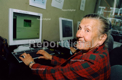 Silver Surfers, pensioners using computers at local library - Joanne O'Brien - 2003-05-04
