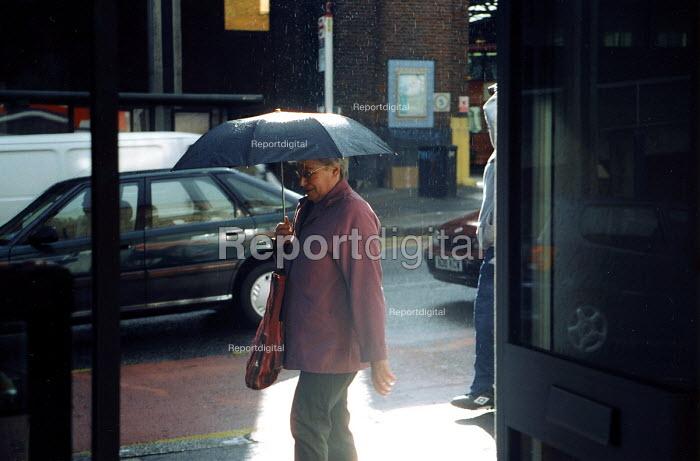 April showers - Joanne O'Brien - 2003-04-07