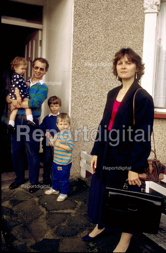 Woman manager leaves for work - Joanne O'Brien - 20021024