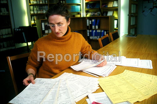 Research into outcomes of cancer research St Bartholomew's Bart's Hospital - Joanne O'Brien - 20021024