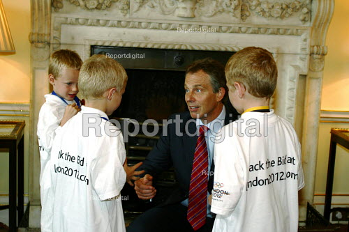 Tony Blair meets children from the Sea Turtle Swim School in London, part of Back The (Olympic) Bid. London - Joanne O'Brien - 20021024