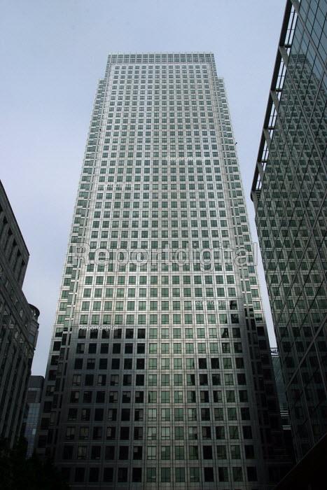Canary Wharf, London - Joanne O'Brien - 20021024
