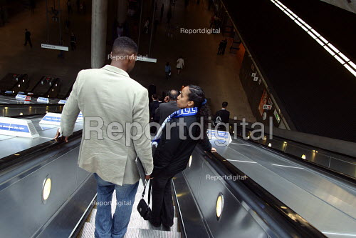 Escalators at Canary Wharf station, London - Joanne O'Brien - 20021024