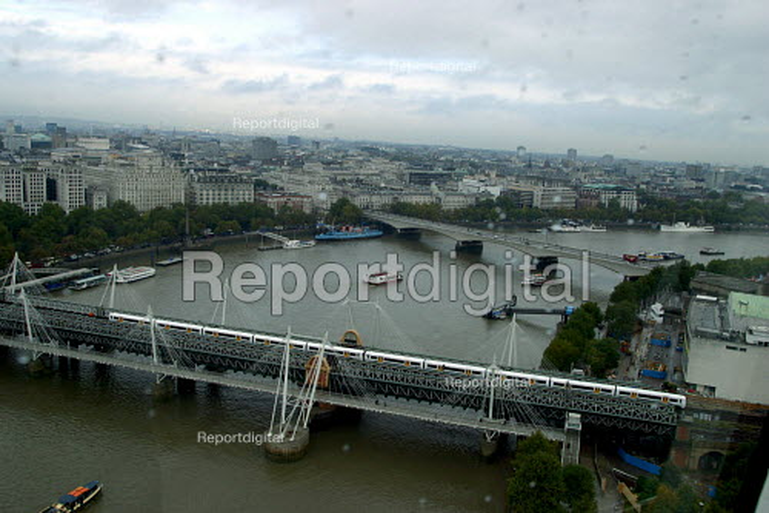 Hungerford Bridge, London - Joanne O'Brien - 20021024