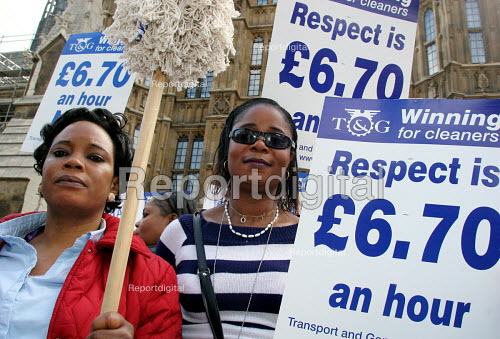Cleaners at the House of Commons on a 24 hour strike for better pay. They are currently paid 5 pounds per hour which is below the minimum wage.migrant workers from the Ivory Coast. - Joanne O'Brien - 2005-07-20