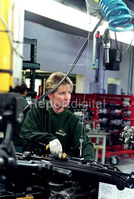 Jaguar worker. Door assembly Brown's Lane Coventry - Roy Peters - 2001-07-10